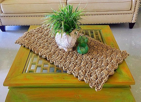 Shell coffee-table runner