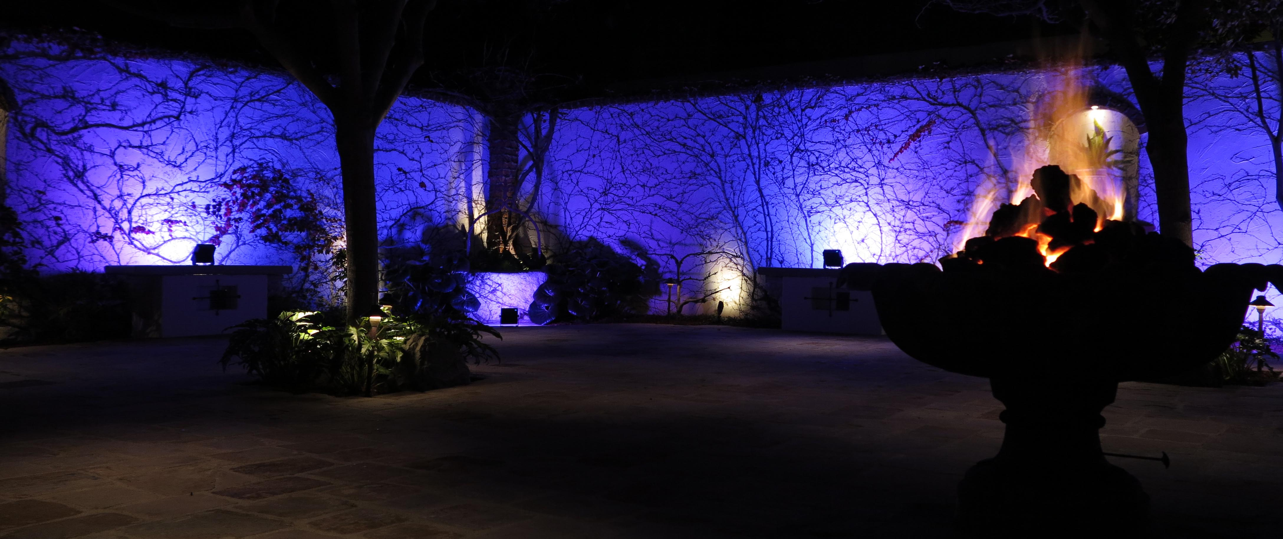 LED Wall Wash - The Villa in Purple