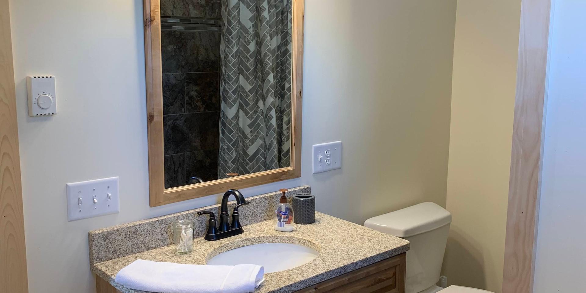 Bathroom ensuite in king bedroom