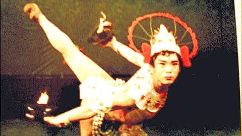 火舞,Fire dance