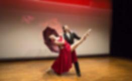 """与老同学的双人舞""""梦"""",2016年10月在日本琦玉县川口市Lilia 音乐厅举办了Sky个人音乐会,结尾舞蹈。2人加起来110岁的作品。/The """"Dream"""" duet with old classmates held a Sky solo concert in October 2016 at the Lilia Concert Hall in Kawaguchi City, Saitama Prefecture, Japan, ending with a dance. Two people add up to 110-year-old dancing。"""