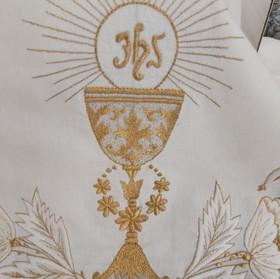 manto-bordado-religioso.jpg