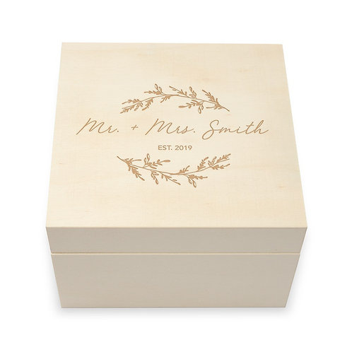 Wreath Personalized Wooden Keepsake Gift Box