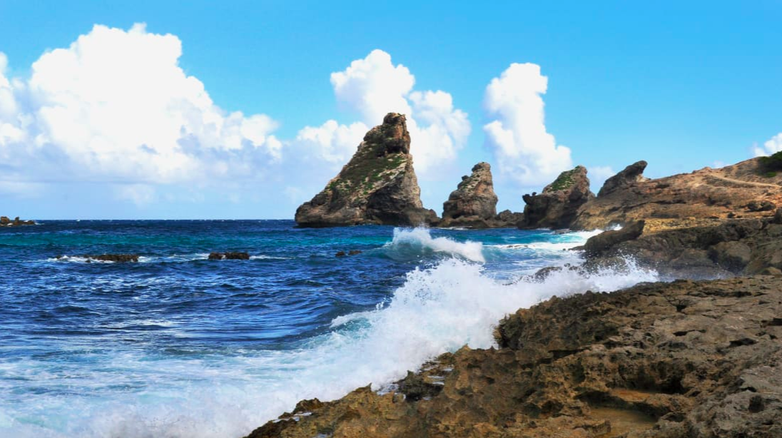 Pointe des Châteaux: Along the eastern side of the island of Grande Terre, the peninsula Pointe des Châteaux has dramatic views of the Atlantic Ocean and Caribbean Sea.