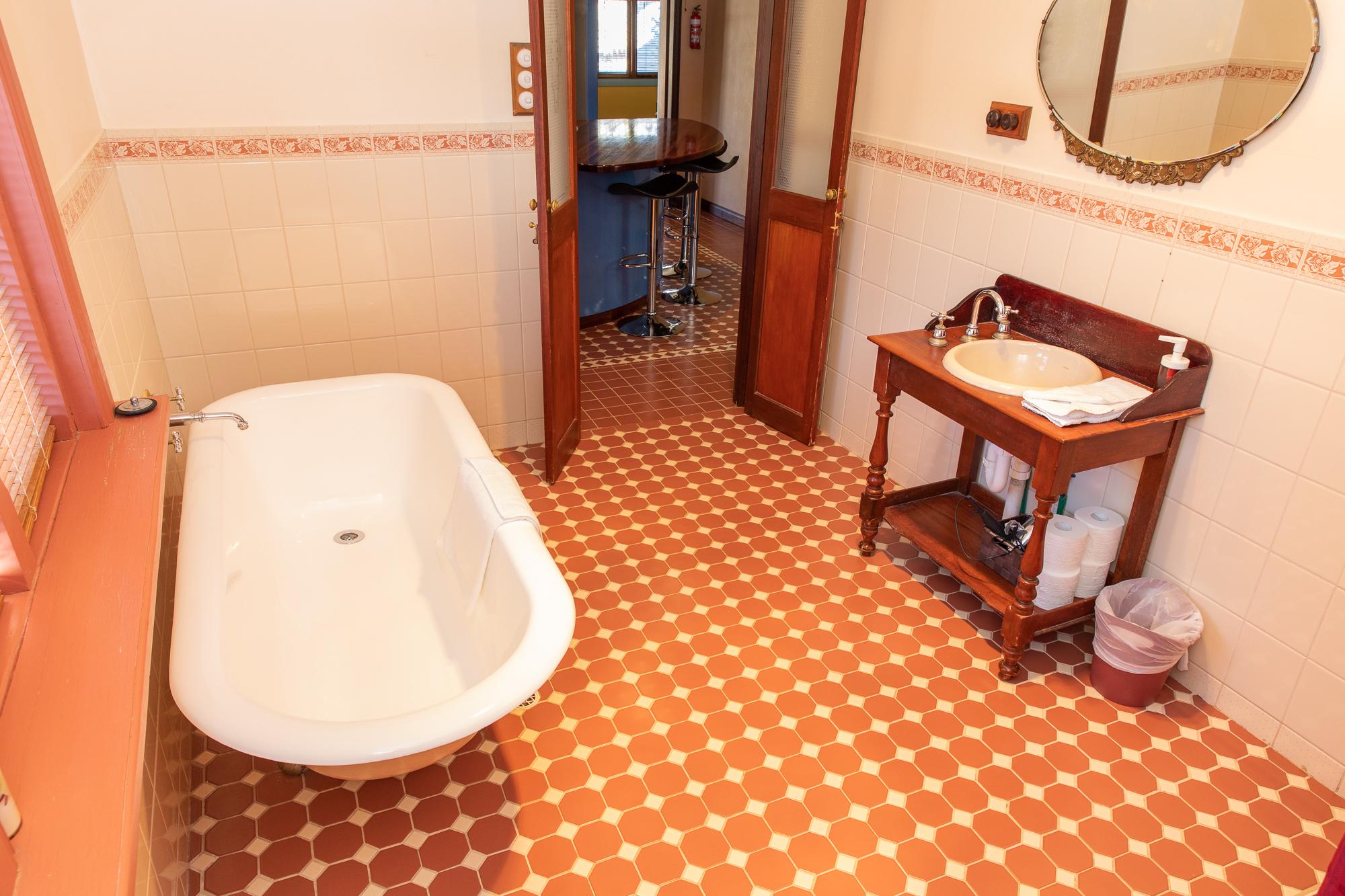 Rivergum Gawler Bathroom