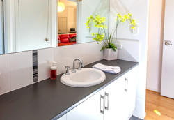 Riverview Gawler Vanity Bath 2
