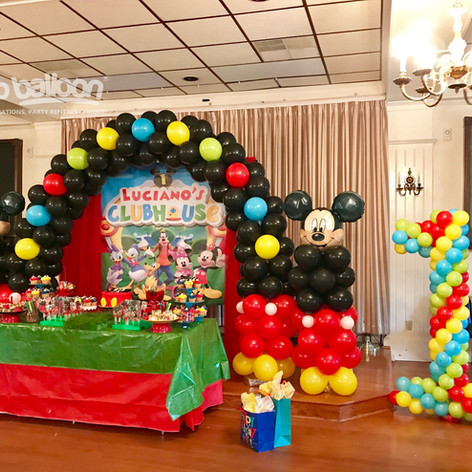 Mickey Club House Balloon Arch