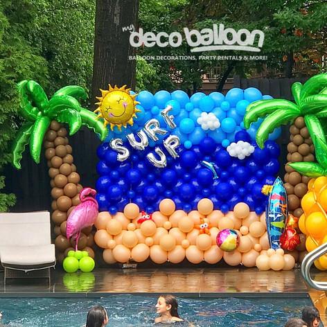 Surf Up Balloon Wall