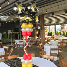 Hollywood Framed Cloud Balloon Centerpiece