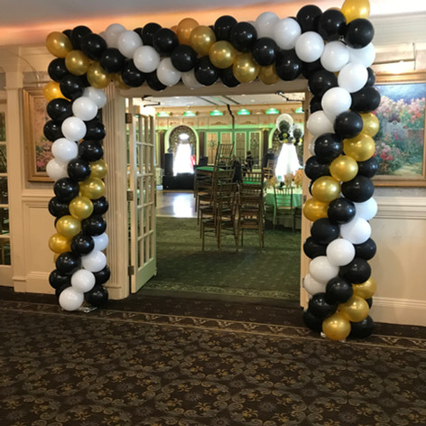 Square shape balloon arch