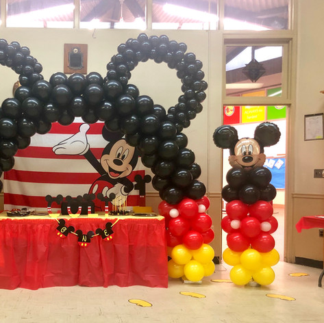 Mickey Mouse Balloon Arch