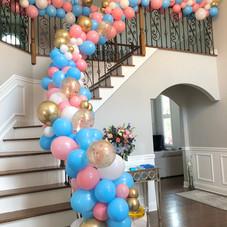 Railing Balloon organic garland