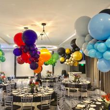 Organic Cloud balloon centerpieces