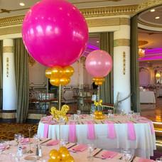 Carousel Balloon Centerpiece in Pink & Gold
