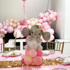Baby Elephant balloon centerpiece
