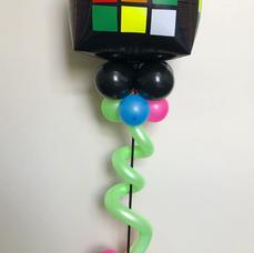 80's Themed Balloon Centerpiece