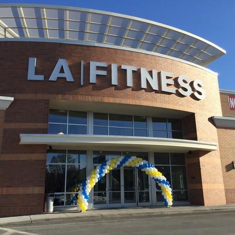 Grand Opening Balloon Arch LA Fitness