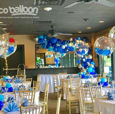 Stuffed Balloon Centerpiece in Blues and LED ribbon