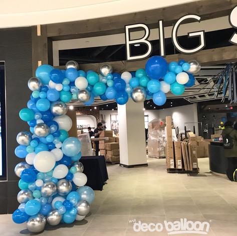 Big Snow Balloon Garland