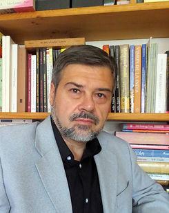 Enrique Gallud Jardiel .jpg
