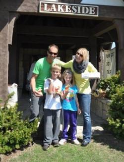 Lakeside Association_Easter Egg Hunt_2014_edited.jpg
