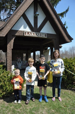 Lakeside Association_Easter Egg Hunt2_2014.jpg