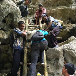 Climbing leang Bulu, Sipong