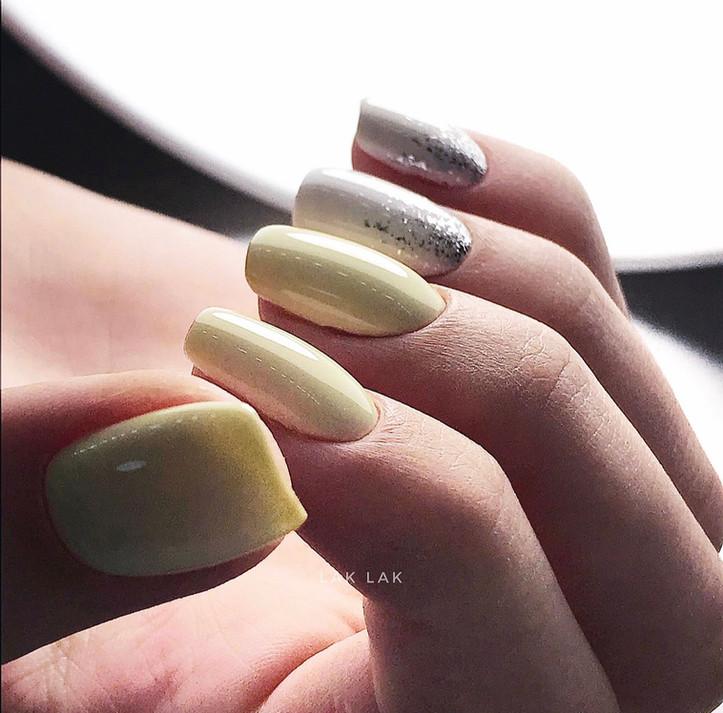 Растяжка на пальчик - 100р