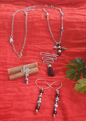VN135 סט שרשרת, טבעת ועגילים