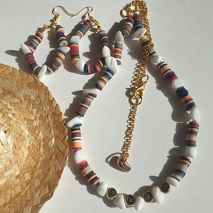 סט שרשרת ועגילים  עם חרוזי סיליקון ,אבנים טבעית  ומילה VM383 LOVE
