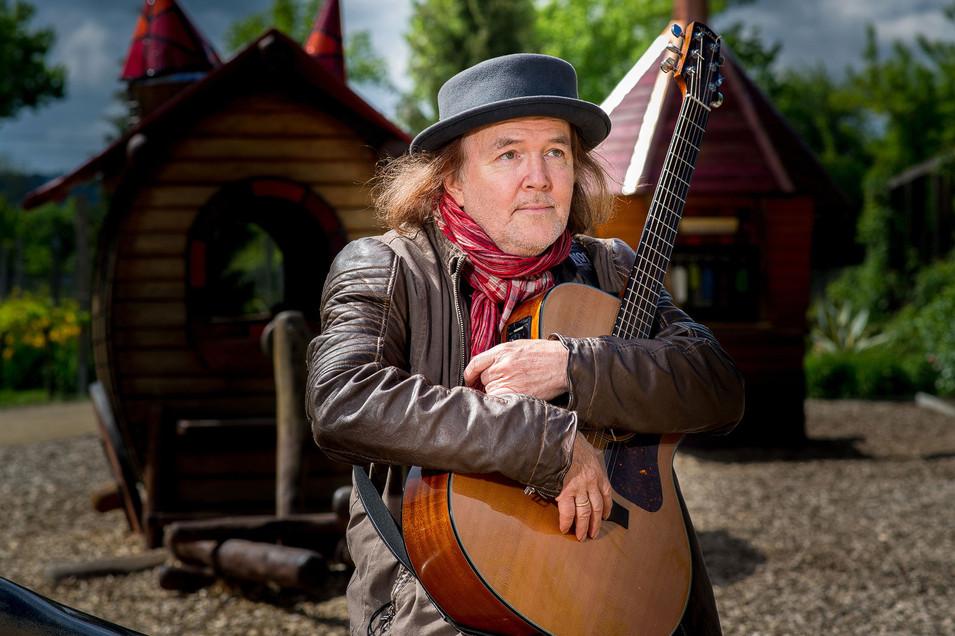 Gerhard Schöne - Musician