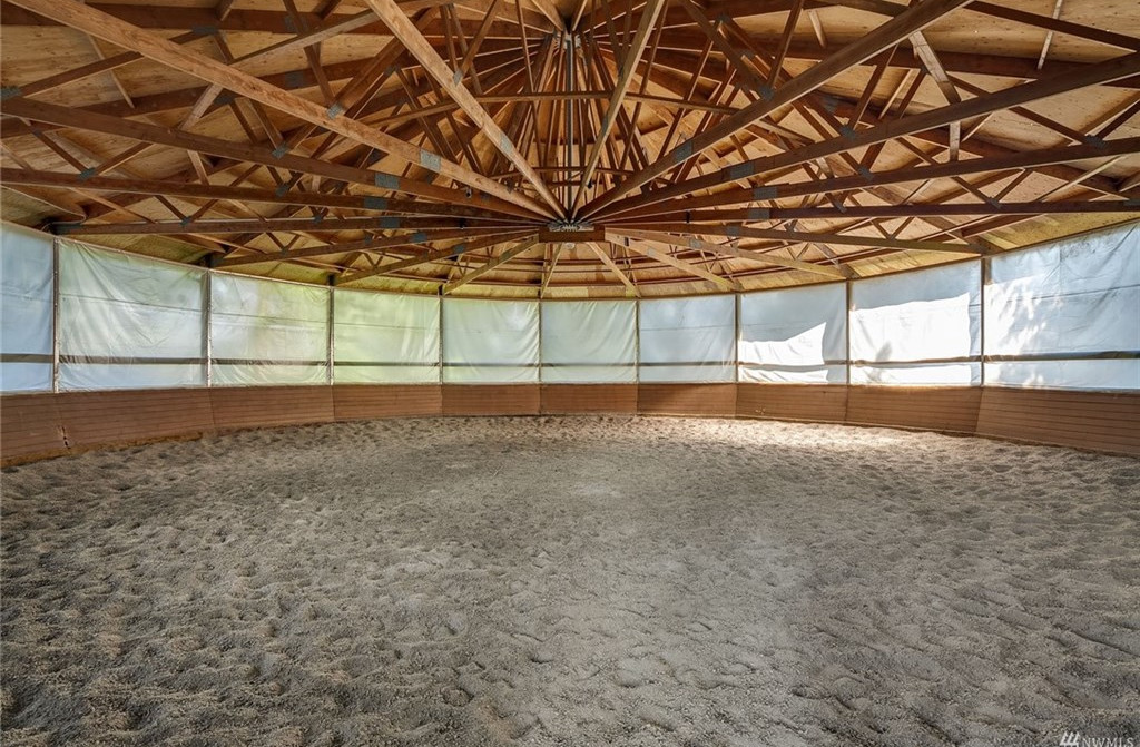 Round Pen with sand to work your horse.