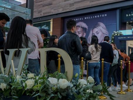 Daniel Welligton festeja apertura de su tienda en México