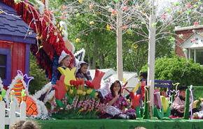 Pella parade.jpg