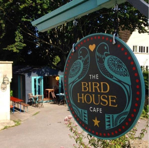 The Birdhouse Cafe – Special Offer for Peacock Trail Visitors!