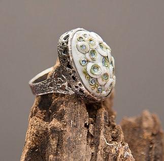 Lycan porcelain & silver ring