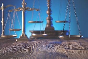 Litigation, law, civil law, commercial law, business law, court, judgement.