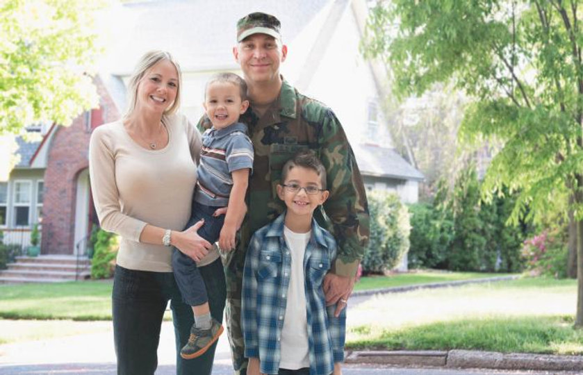 military-family.jpg