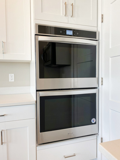 LAUCHLIN DOUBLE OVEN