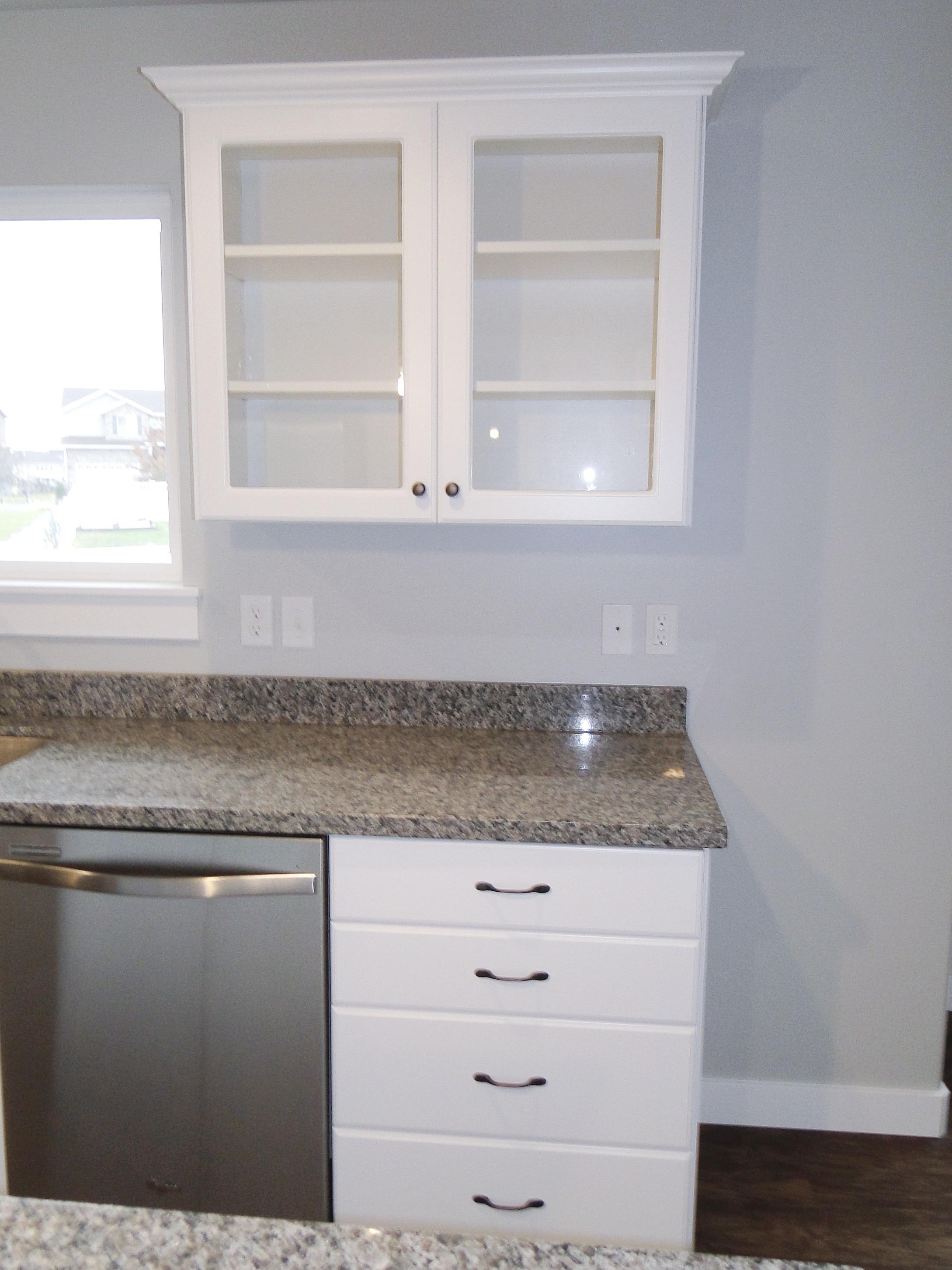 Savannah Kitchen, Glass Cabinet