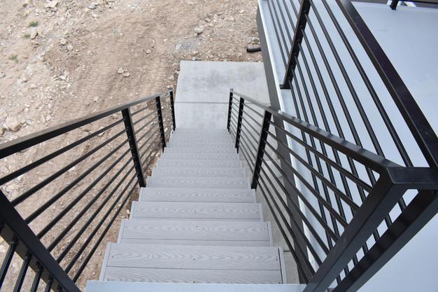 BROOKLYN PATIO STAIRS