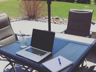 A Real-Deal Outdoor Office: 5 Tips to Help You Create One