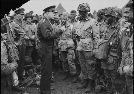 Eisenhower Giving Order.jpg