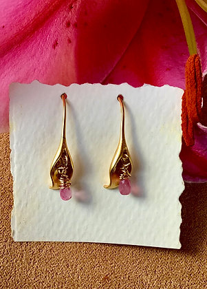 Calla Lily Strength Earrings
