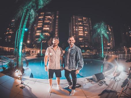 A dupla gaúcha mostrando talento e qualidade musical