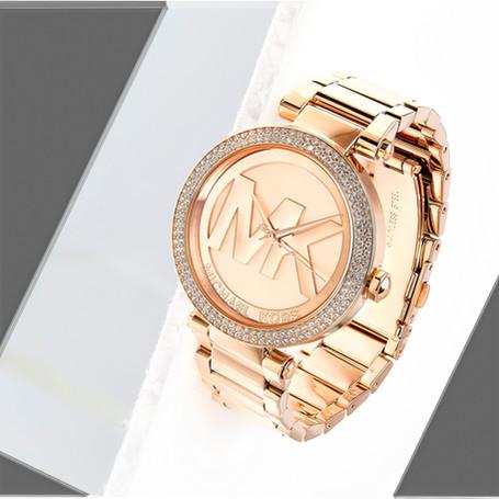 watch-retouching_30355391341_o.jpg