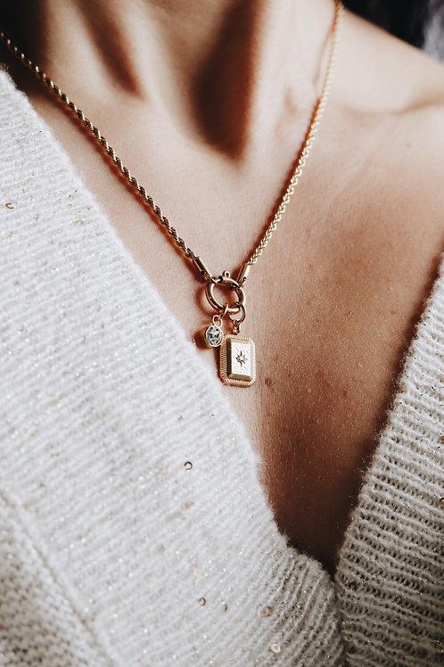 Lilium Necklace