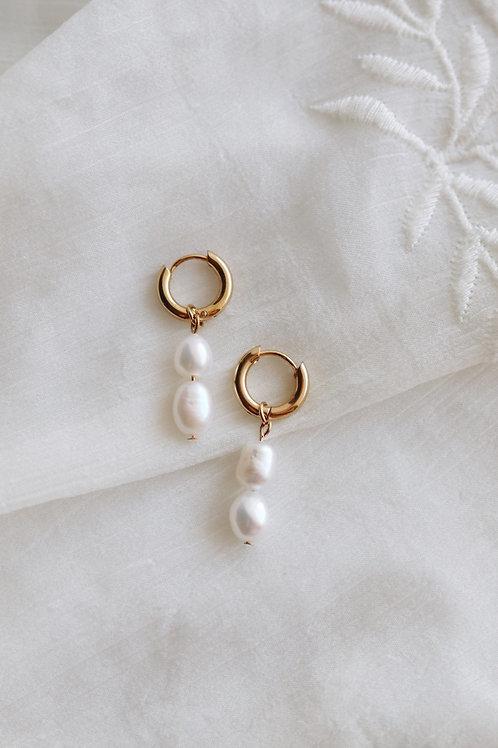 Nora Pearl Earrings
