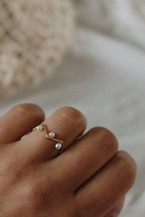 Baco Pearl Ring