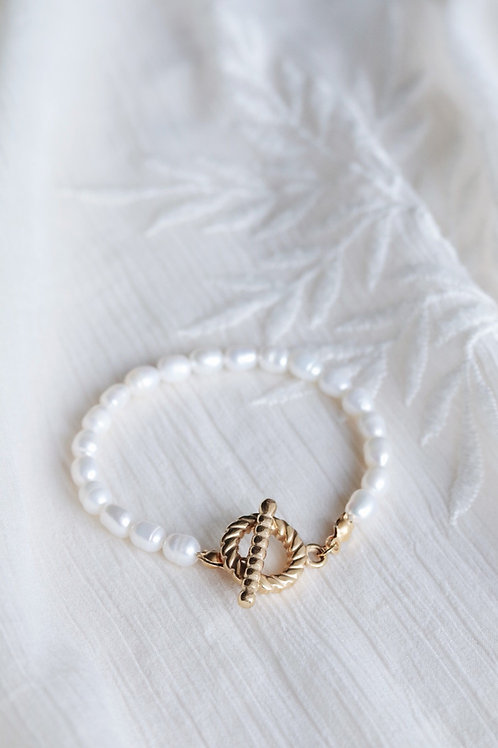 Estella Pearl Bracelet